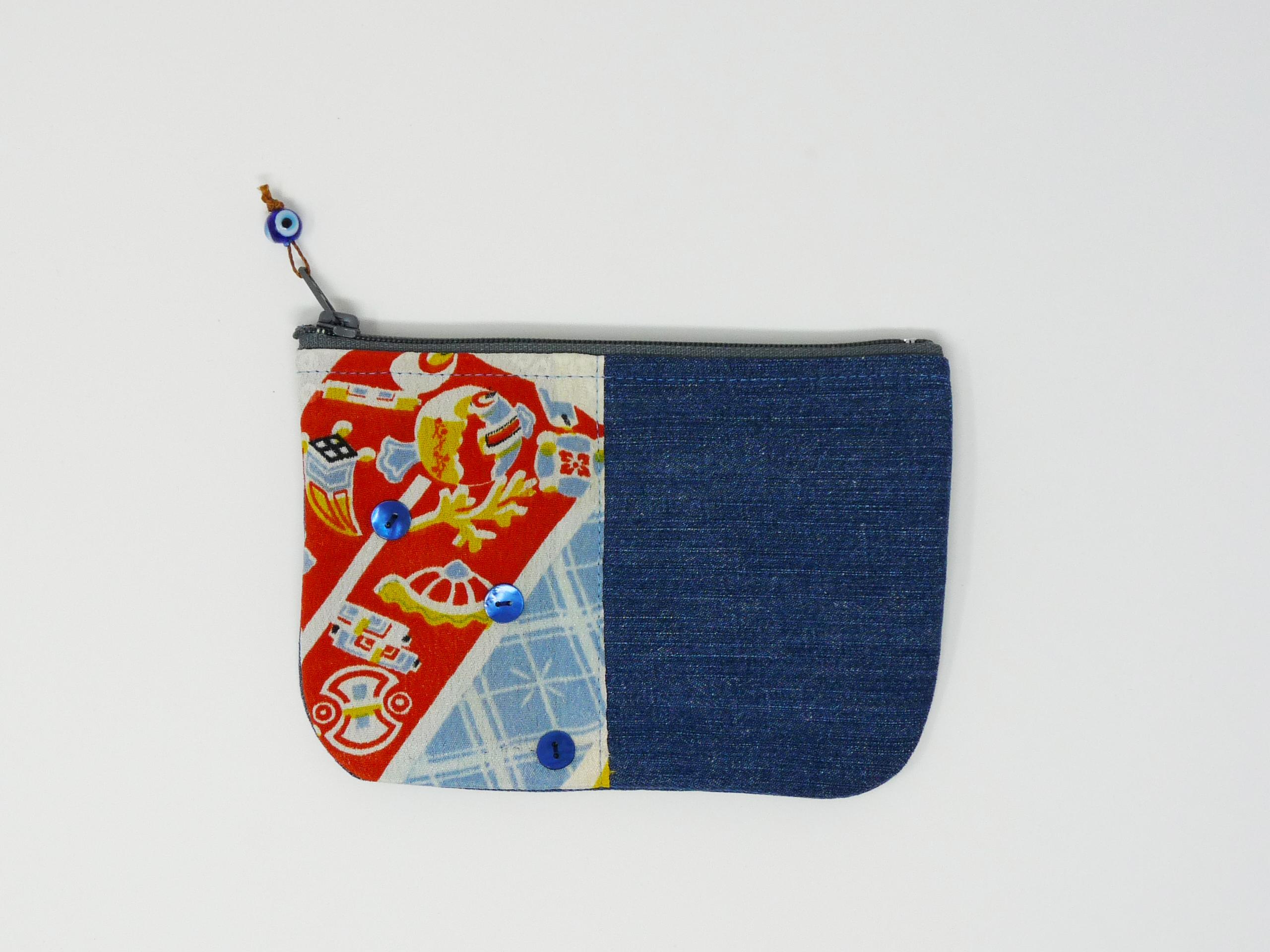Pochette en jeans avec tissu japonais bleu et rouge