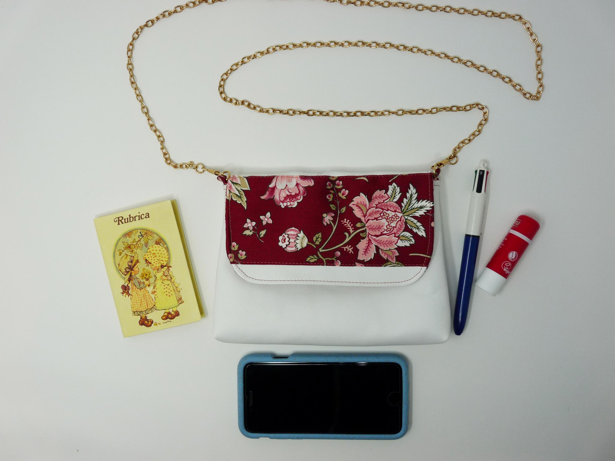 Pochette similicuir et coton russe bordeaux à fleurs
